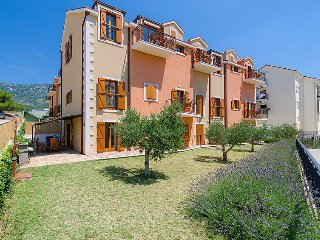 1 bedroom Apartment in Pakostane, North Dalmatia, Croatia : ref 2372100