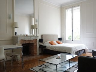 avenue Gabriel 75008 PARIS - 108037