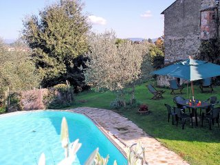 Fattoria Spedaletto Villa Sleeps 8 with Pool - 5228490