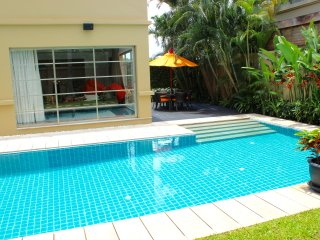Stunning luxury villa, private pool, 500m to beach, Bang Tao Beach