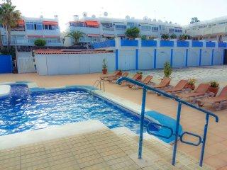 Nice apartment with swimming pool, Costa del Silencio