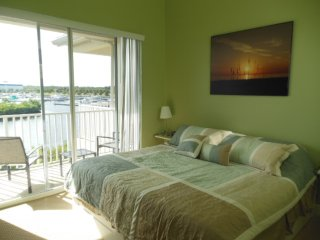 Waterfront   2 bdr, 1.5 bth Townhome : Bahia 511
