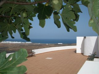 Rural apartment with stunning sea views, Arrieta