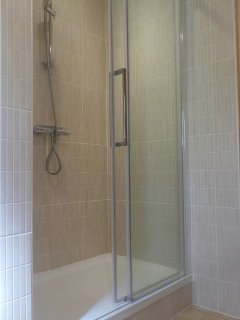 Family Bedroom Shower