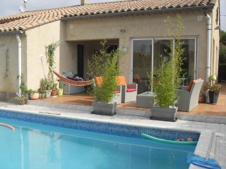 Splendide villa  8 personnes avec piscine privée, Argeliers