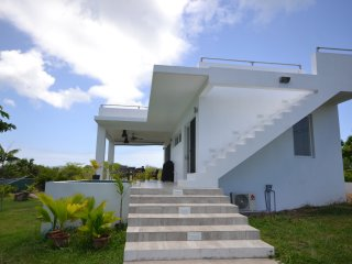 *** SPECIAL OFFER *** New property, stunning villa, Charlestown