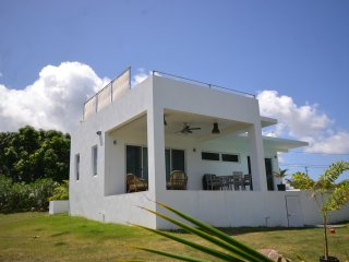 New property, stunning villa   5* Reviews on other websites, Charlestown