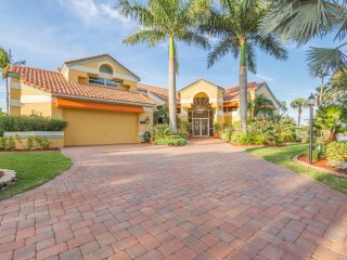 Located near Cape Harbour and direct Gulf access, Cape Coral