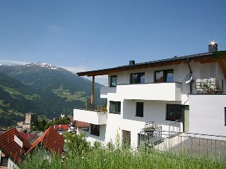 Amazing apartment in Fliess w/ Internet, WiFi and 2 Bedrooms