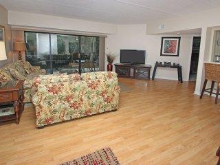 Forest Beach Villas, 105, Hilton Head