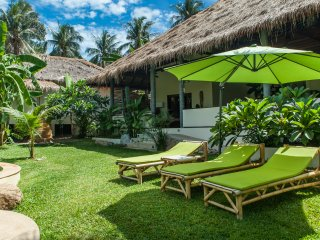 Baan Thamarchat 10 guests Tropical Villa
