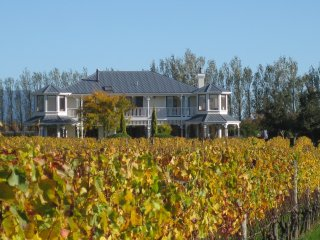 Lismore House & Vineyard, Martinborough