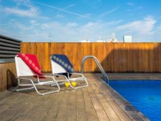 1 Bedroom Rambla Suite & Pool, Rooftop Terrace, Sea View, 6th Floor - HOA 42156, Barcelona