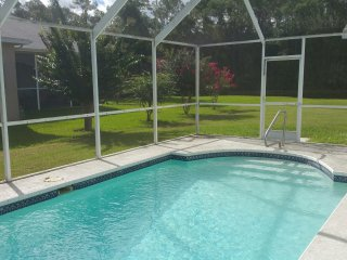 Cul de Sac Lakeside View Home Gulf Coast Florida near Hudson and Tarpon Springs, New Port Richey