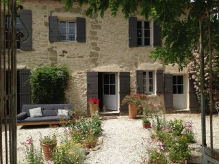 Mas in Provence 18th century house with 4x15 pool, Saumane-de-Vaucluse