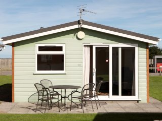 2 Bedroom Chalet - Atlantic Bays Holiday Park (3*), St Merryn