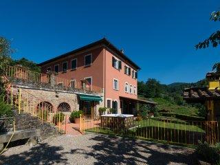 Podere Gianpaolo Holiday House nel cuore delle colline toscane