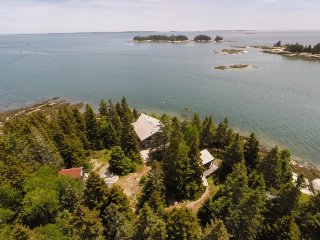 THE SUNSHINE HOUSE - Deer Isle, Brooklin
