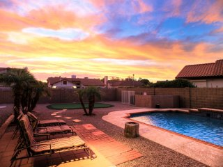 Listing #2890 - Glendale Vacation Home