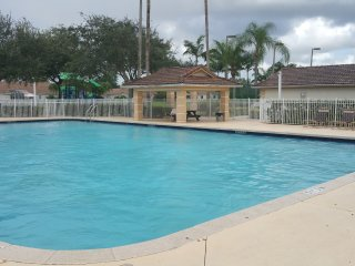 little castle1bedroom 1baths  heated pool with lots of freebies