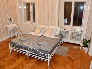 Royal Residence Apartment, Praga