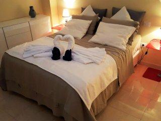 2 bed flat Las Canteras