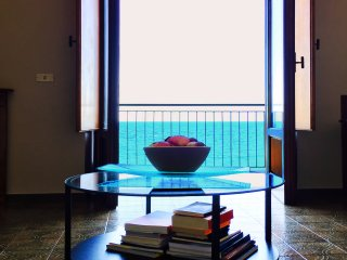 Aspra House - Ap.  Sea View, Palermo