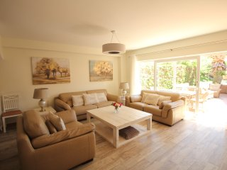 Sitges Centre Townhouse 5 Bedroom/5 Bath with Pool
