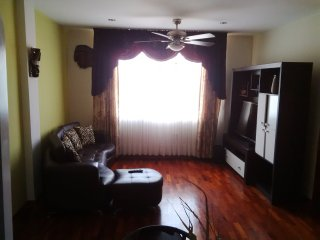 Cozy Apt in Surco 20 mins from park Kennedy Mirafl