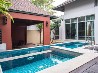 2 Bedrooms Nagawari Private Pool Villa
