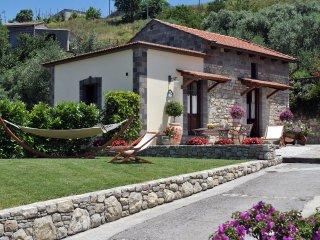 Charming Villa Near Sant' Agata Sui Due Golfi - Casa Fernando