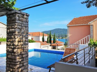Dalmatian holiday home with pool, BK 1, Vela Luka