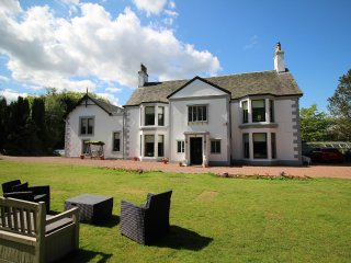 Scottish Country Mansion House - near main cities