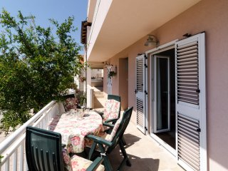 Apartment Semes - Three Bedroom Apartment with Terrace and Sea View, Cavtat