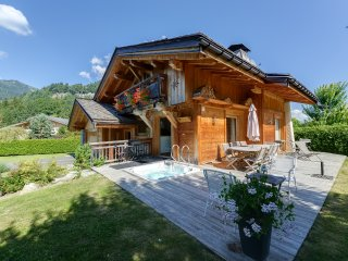 Charm and wellbeing at the feet of the slopes, Praz-sur-Arly