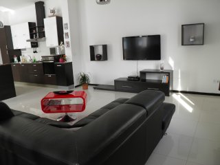 Marko Grubišić  Apartment in Tisno H (4+1)