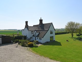 Stunning 17th Century Farmhouse, with superb views, Framlingham