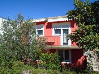 Leo & Ruža Apartment B in Tisno (2+1)