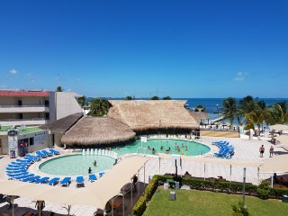 OCEAN VIEW HOTEL ZONE CANCUN STUDIO #327