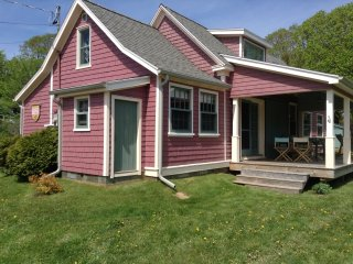 Beach Rose Cottage Weekly Summer Rental...PEI, Victoria