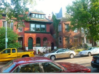 (6th & A #1) Gorgeous Historic Townhouse Apt 1 BR Plus Den
