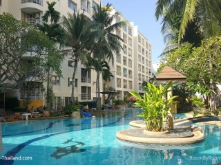 Condos for rent in Hua Hin: C6198