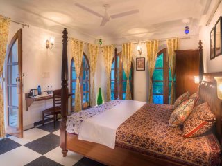 The Coral Court Home stay, Agra
