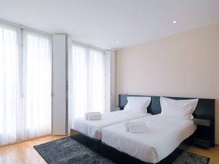337 FLH Porto S.Bento Apartment III