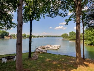 What a View Too! Great Family Meeting Place. Brand New Reno ~ RA90894, Lake Norman