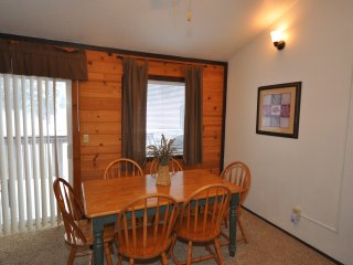 At The Slopes-Ski In Ski Out - Sleeps 22 ~ RA90890, Stateline