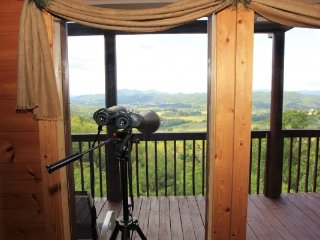 HUMMINGBIRD'S VIEWS, Sevierville