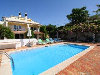 Villa with private pool, Carvoeiro