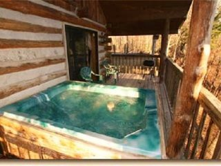 """The Pine Knott"" Great Jan, & Feb. Rates!, Sevierville"