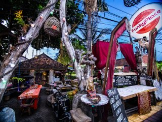 FunkyPlace. Best hostel in Lovina, Bali